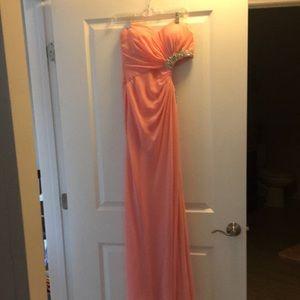 Women's Faviana gown size 8.